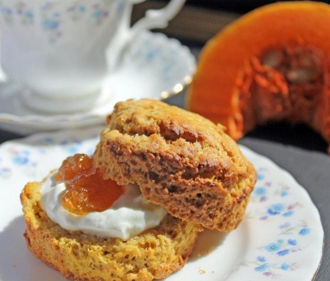 Pumpkin Scones | Veggie Desserts Blog