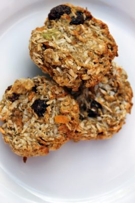 Avocado Banana Carrot and Oatmeal Cookies   Healthy Cookies for Kids   Veggie Desserts Blog