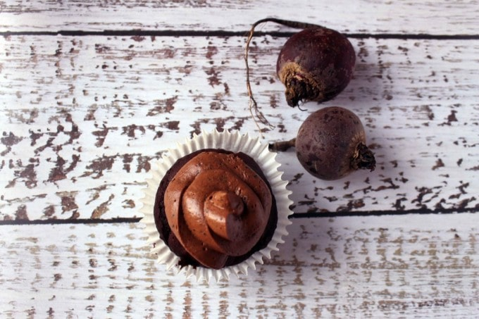 Beetroot Chocolate Cupcakes | Veggie Desserts Blog