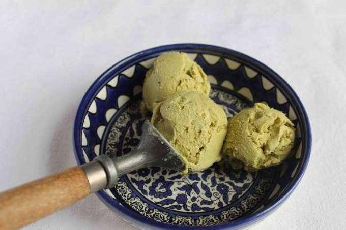 Avocado Pistachio Ice Cream | Veggie Desserts Blog