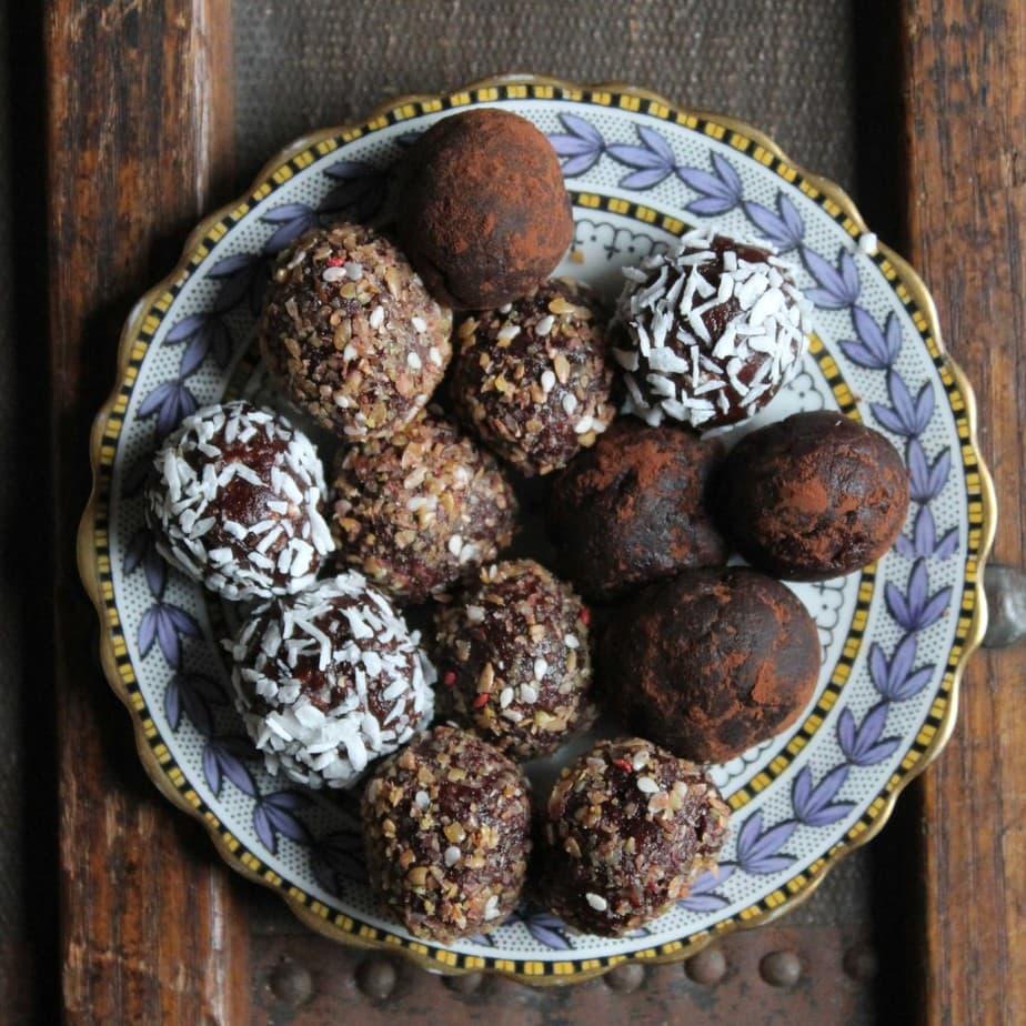 Beetroot Chocolate Protein Balls Veggie Desserts