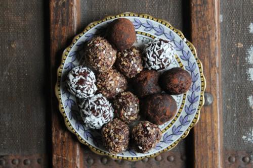 Beetroot Chocolate Protein Balls | Veggie Desserts Blog