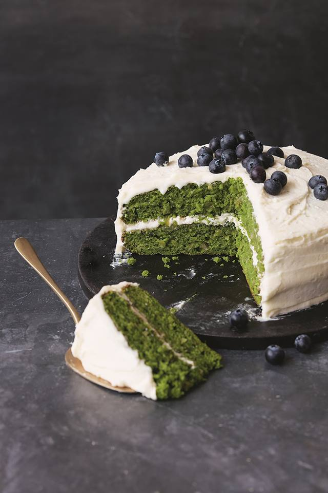 This light and fluffy cake is made with kale and apples! The flavour of kale can't be tasted but it leaves behind some goodness and makes this layer cake bright green! Perfect for an unusual birthday cake for a kale fan. Get the kale and apple cake recipe, and other vegetable cake recipes, on VeggieDesserts.co.uk