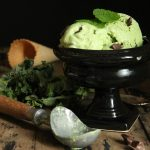 Kale, Mint and Dark Chocolate Chunk Frozen Yogurt