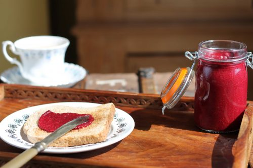 Raspberry and Beet Chia Jam | Raw, Vegan | Veggie Desserts Blog