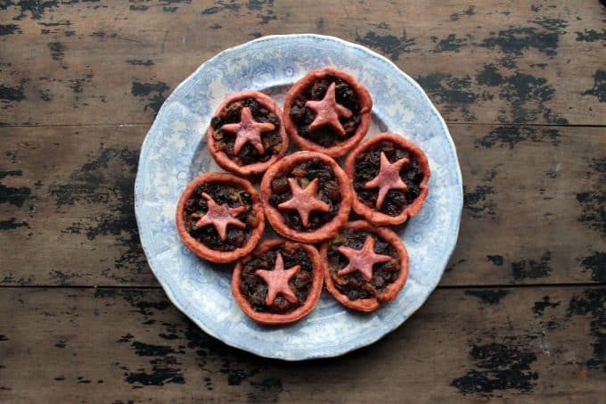 A plate of mince pies.