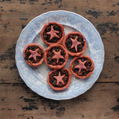 Mince Pies with Beet Pastry | Veggie Desserts