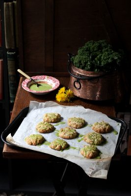Dandelion Petal and Lemon Cookies with Kale Lemon Drizzle | VeggieDesserts Blog