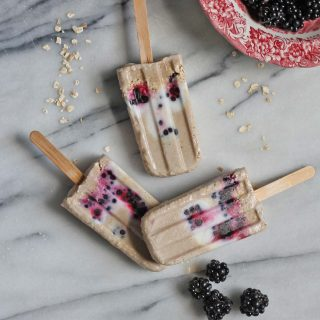 Blackberry, Banana and Oat Breakfast Popsicles (vegan, gluten-free)