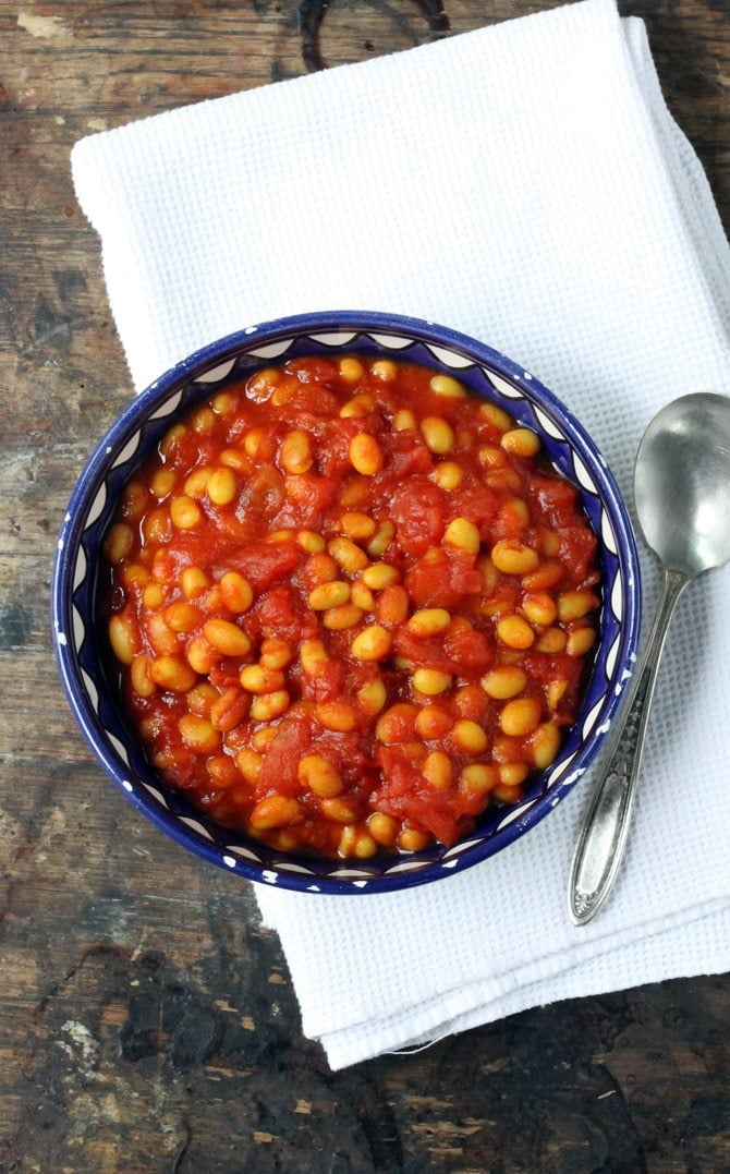 Easy Baked Beans with Turmeric
