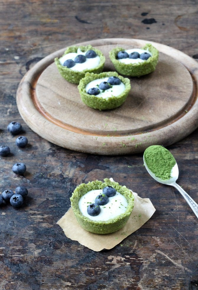 Matcha Tea Coconut and Yogurt Tarts | Veggie Desserts Blog
