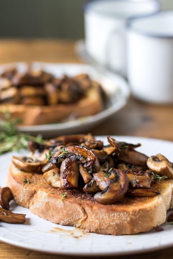Toast with sauteed mushrooms.