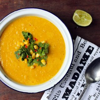 Vegan Corn Chowder | Veggie Desserts Blog