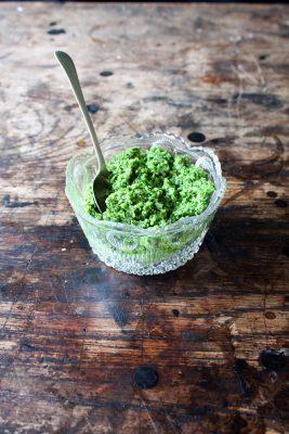 Pumpkin Seed and Kale Pesto | Veggie Desserts Blog