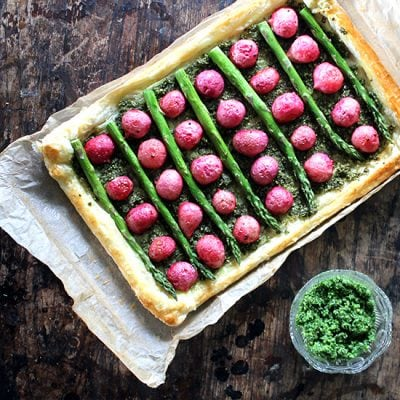 Roasted Radish and Asparagus Tart with Pumpkin Seed and Kale Pesto   Veggie Desserts Blog