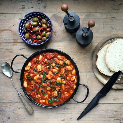 Spanish Beans and Tomatoes | Vegan | Veggie Desserts Blog