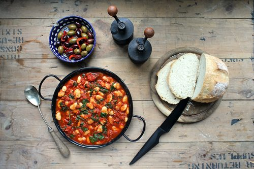 Spanish Beans in Tomatoes | Vegan | Veggie Desserts Blog