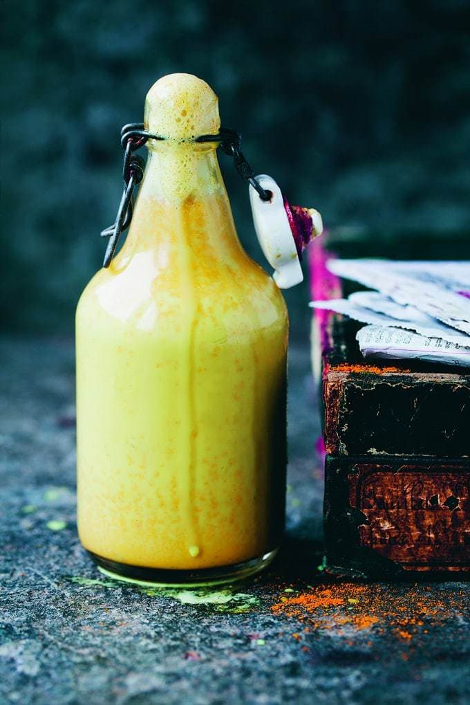 This turmeric tonic, from David and Luisa of Green Kitchen Stories' new book, Green Kitchen Smoothies, is a soothing and sweet drink based on an Indian Ayurvedic home remedy.