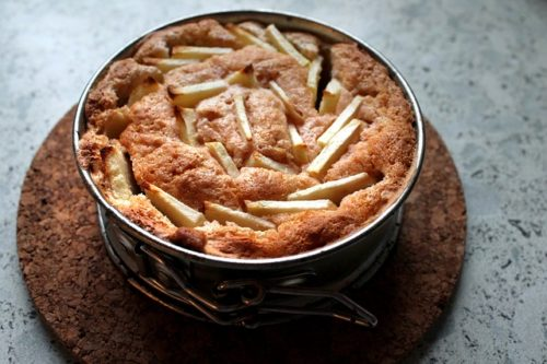 Apple cake in a tin