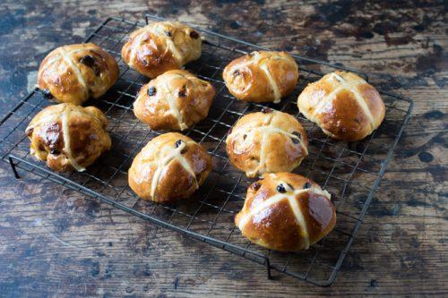 Carrot and Ginger Hot Cross Buns | Veggie Desserts Blog