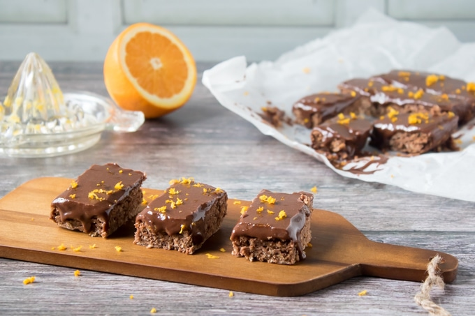 These vegan chocolate orange oat bars are flavoured with citrus and chocolate - a winning combination. A tasty dessert or snack.