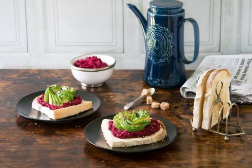 Beetroot Hummus on Toast with Avocado Rose | Veggie Desserts Blog