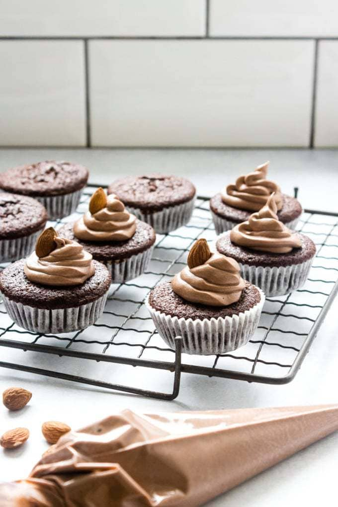 Easy Chocolate Cupcakes with Chocolate Almond Frosting ...