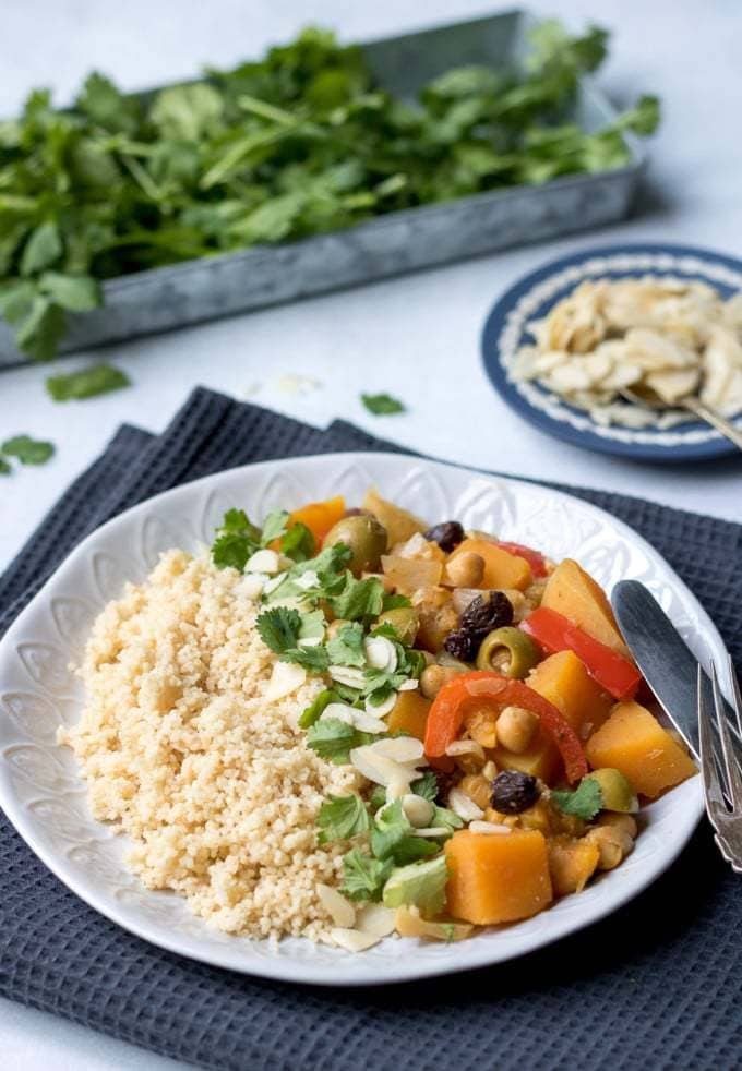 Easy vegan vegetable tagine veggie desserts this easy vegan vegetable tagine is simple to make and full of moroccan flavours its forumfinder Gallery