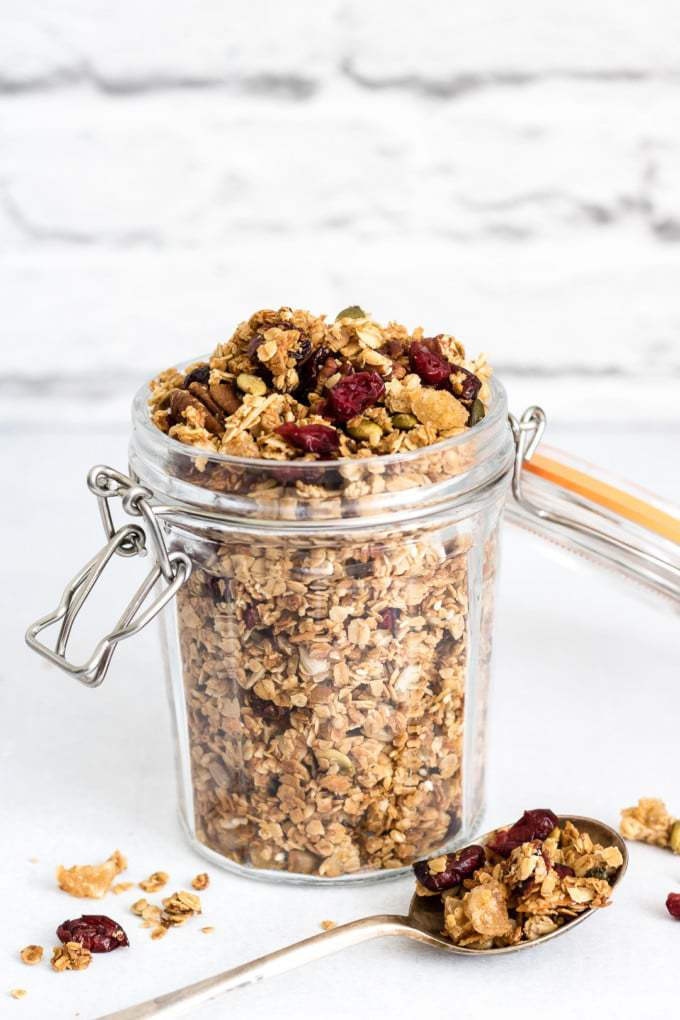 Gingerbread granola is simple to make, but is bursting with freshness and flavour. Vegan.