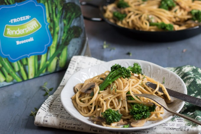 Vegan one pot pasta with Tenderstem and mushroom cream sauce