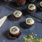 Easy Vegan Chocolate Cupcakes