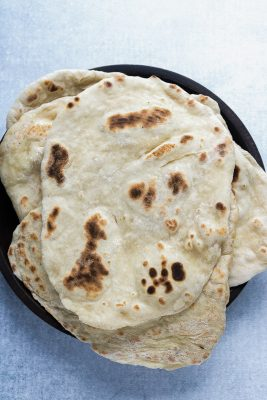 A pile of quick and easy yeast-free naan bread.