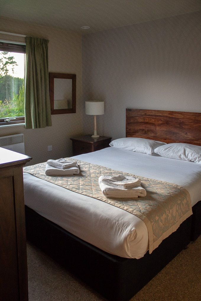 Bluestone Wales - Caldey Lodge review. The master bedroom.