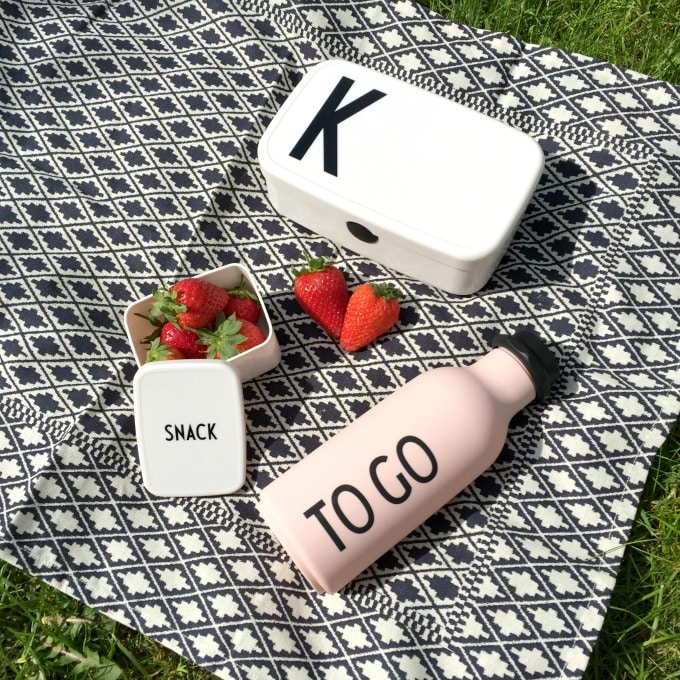Design Letters outdoor picnicware