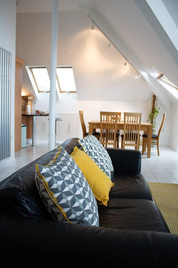 Interior of Gylly Sunrise self catering falmouth apartment