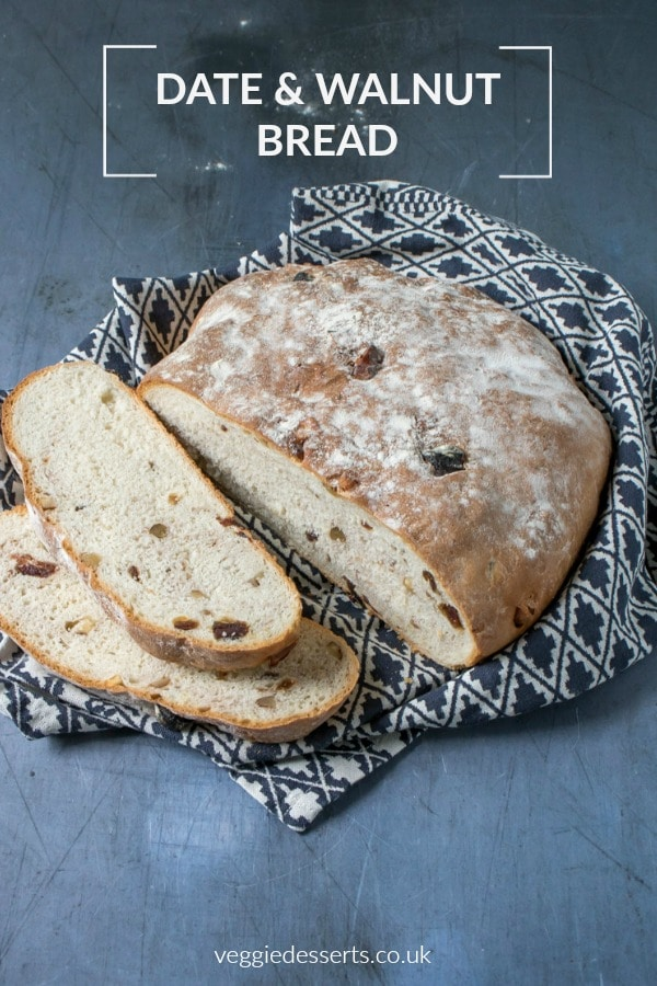 Make this easy date and walnut bread! It's simple but packed with flavour and texture. #bread #dateandwalnut #datewalnutloaf #rusticbread