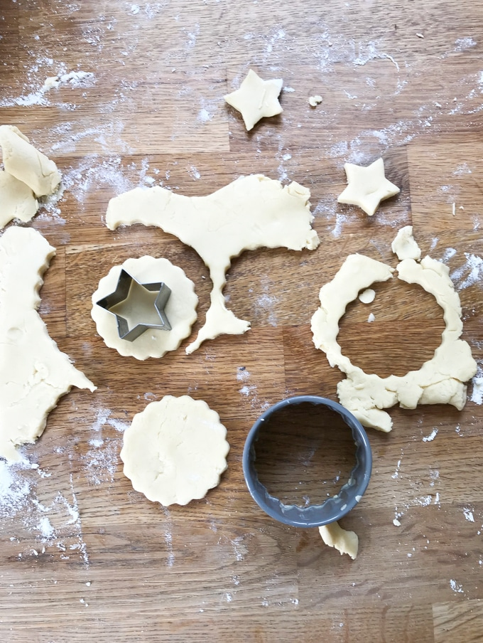 How to make Jammy Dodgers recipe (linzer cookies) Step 5: Roll out on a lightly floured surface and cut with cookie cutters.