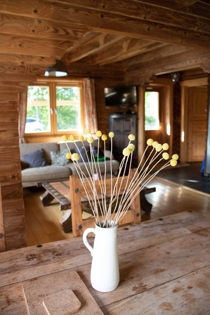 Inside Kaisers Cabin at Log House Holidays - Lakeside Cotswolds UK