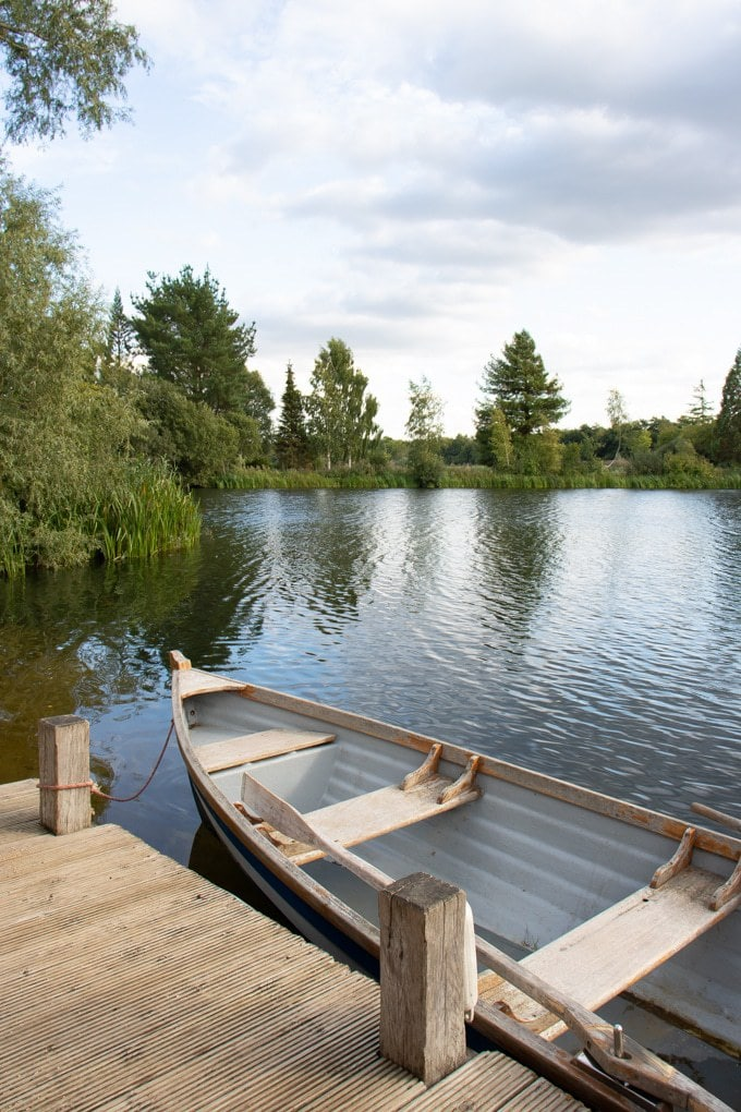 Rowing boat at the lake - Log House Holidays Review