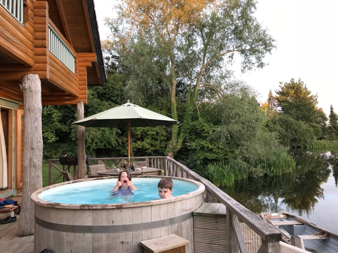 Enjoying the hot tub - Log house holidays