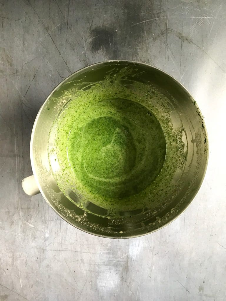 How to make Spinach Cake - Step 7 - Add the pureed spinach and mix well.