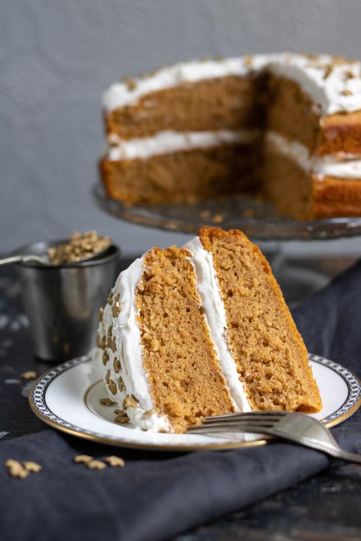 Vegan Pumpkin Cake With Ginger Frosting Veggie Desserts