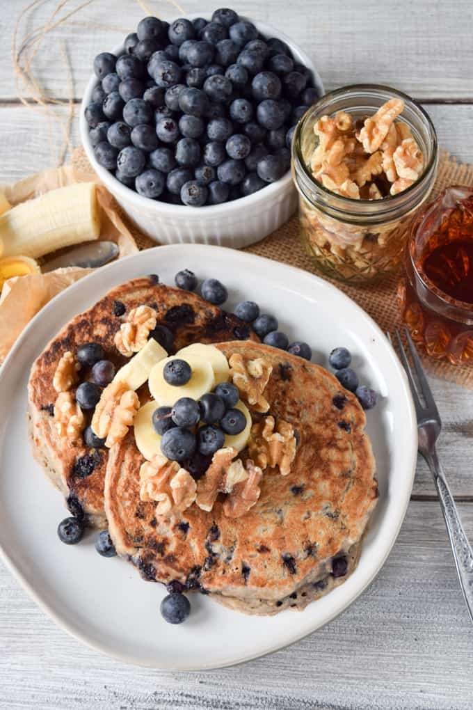Vegan Blueberry Pancakes {Fluffy & Delicious}