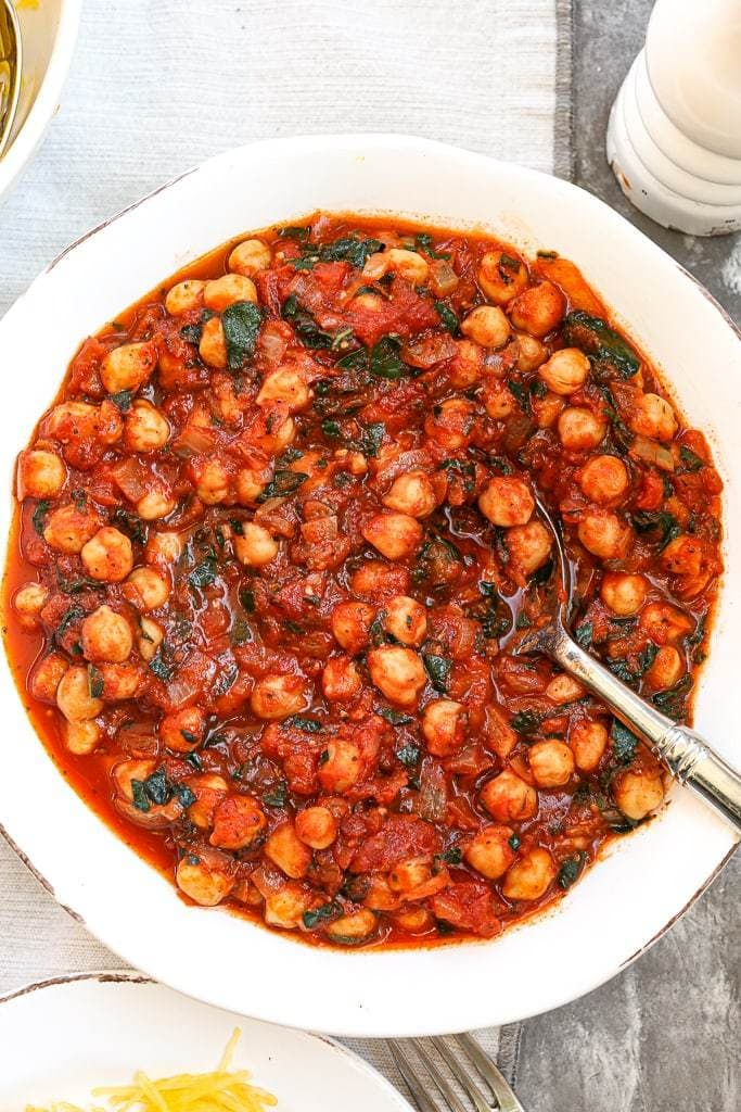 Marinara Sauce with Chickpeas and Kale