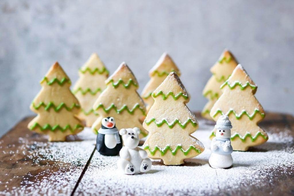 3D tree shaped cookies.