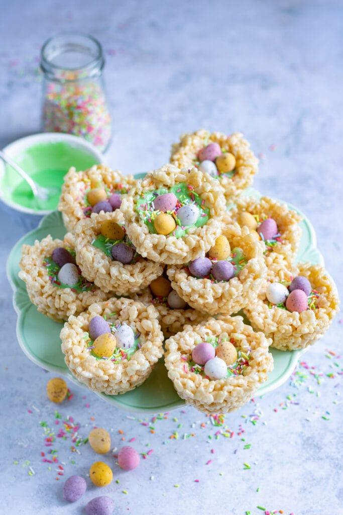 Cake stand of Easter rice krispie treat bird nests.