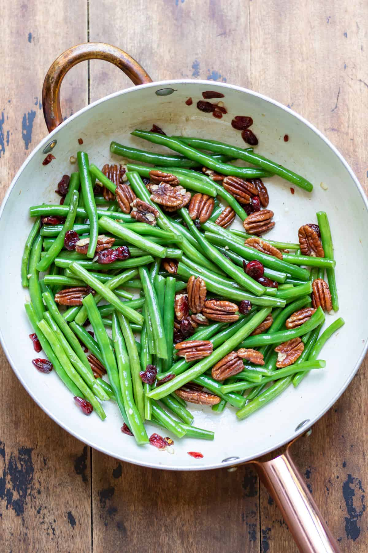 Finished sauteed green beans.